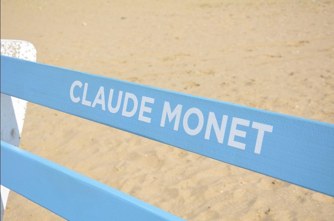 Trouville source d'inspiration pour Claude Monet - Banc au nom de l'artiste