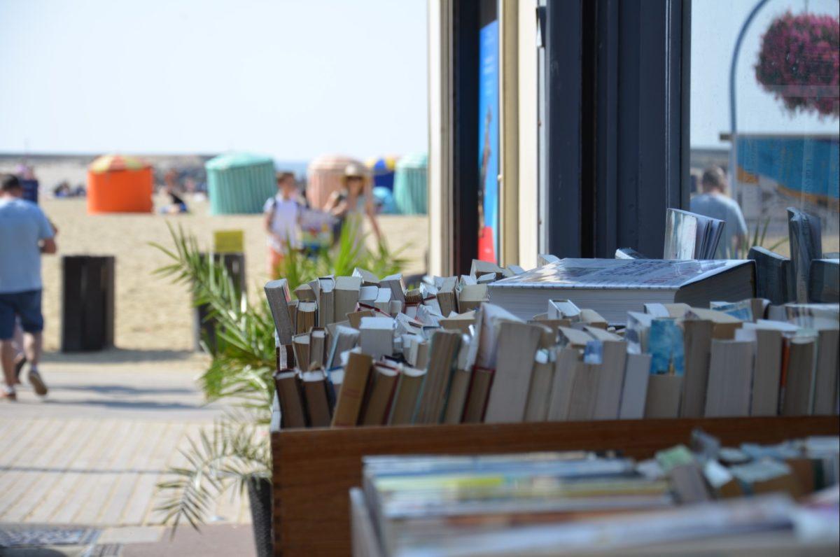 Librairie en bord de plage