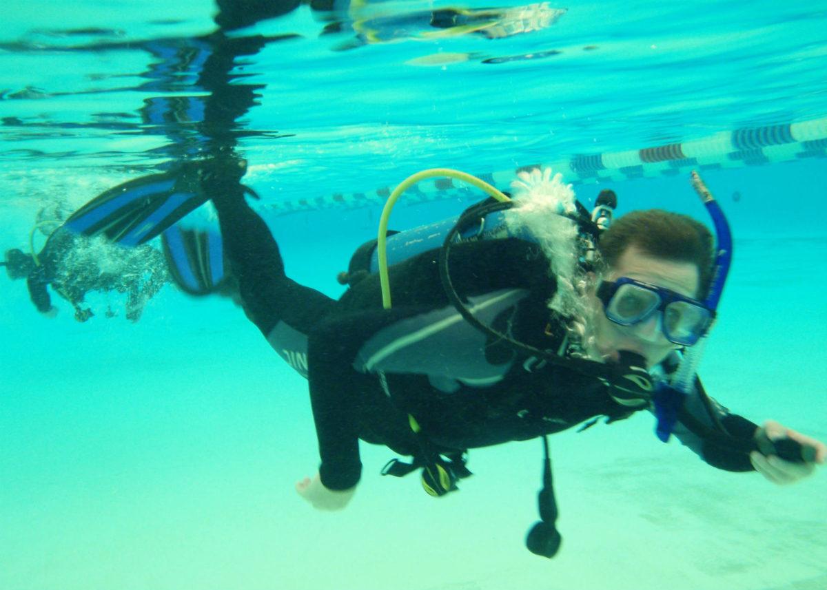 plongée-piscine-baptême