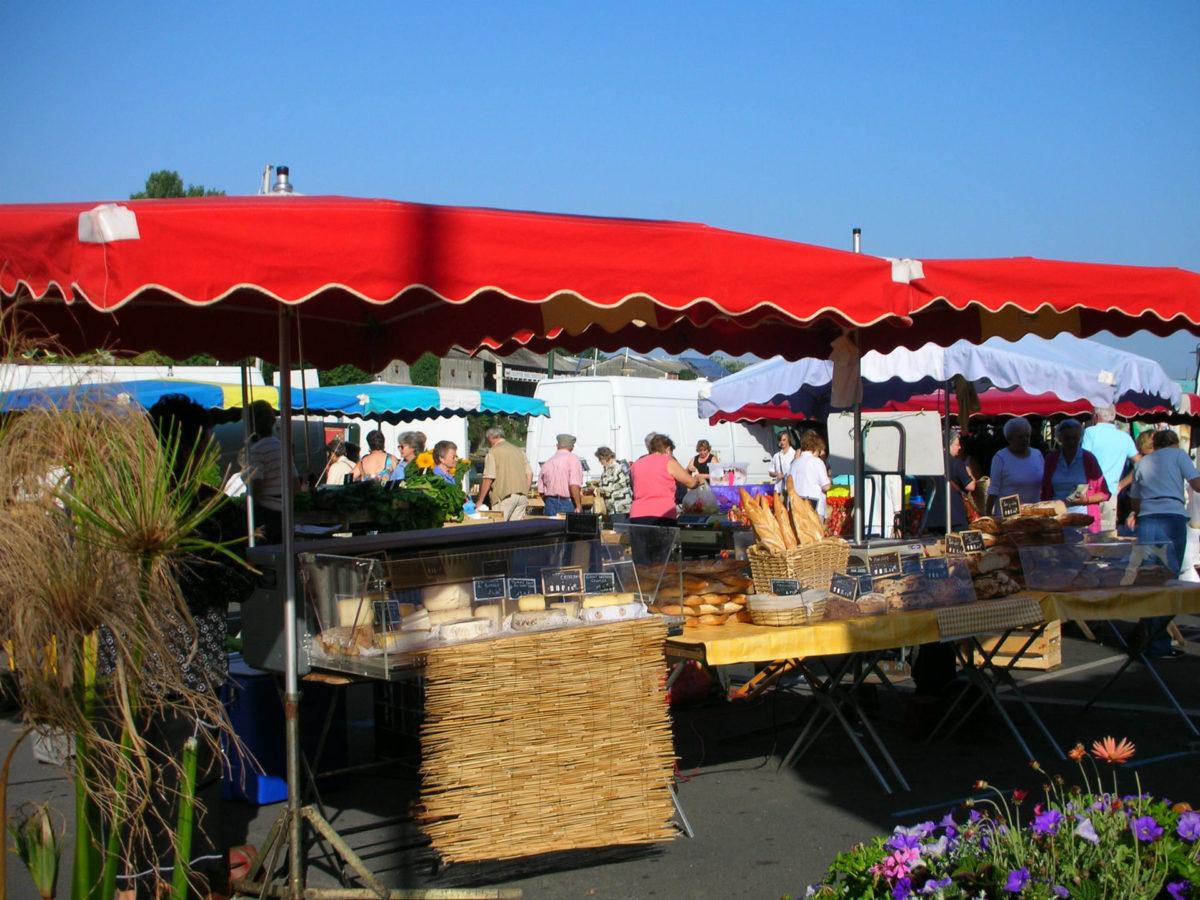 stand-marché-Trouville-sur-Mer