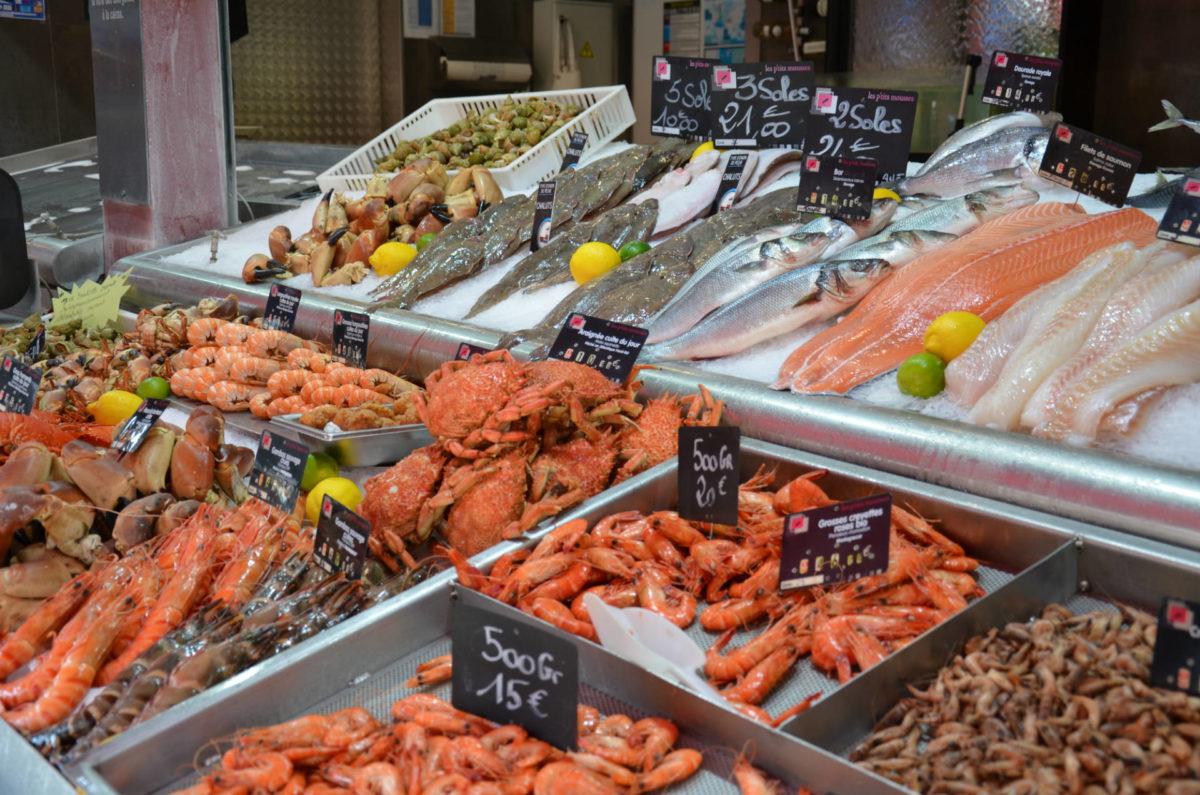 étal-marché-aux-poissons-Trouville-sur-Mer