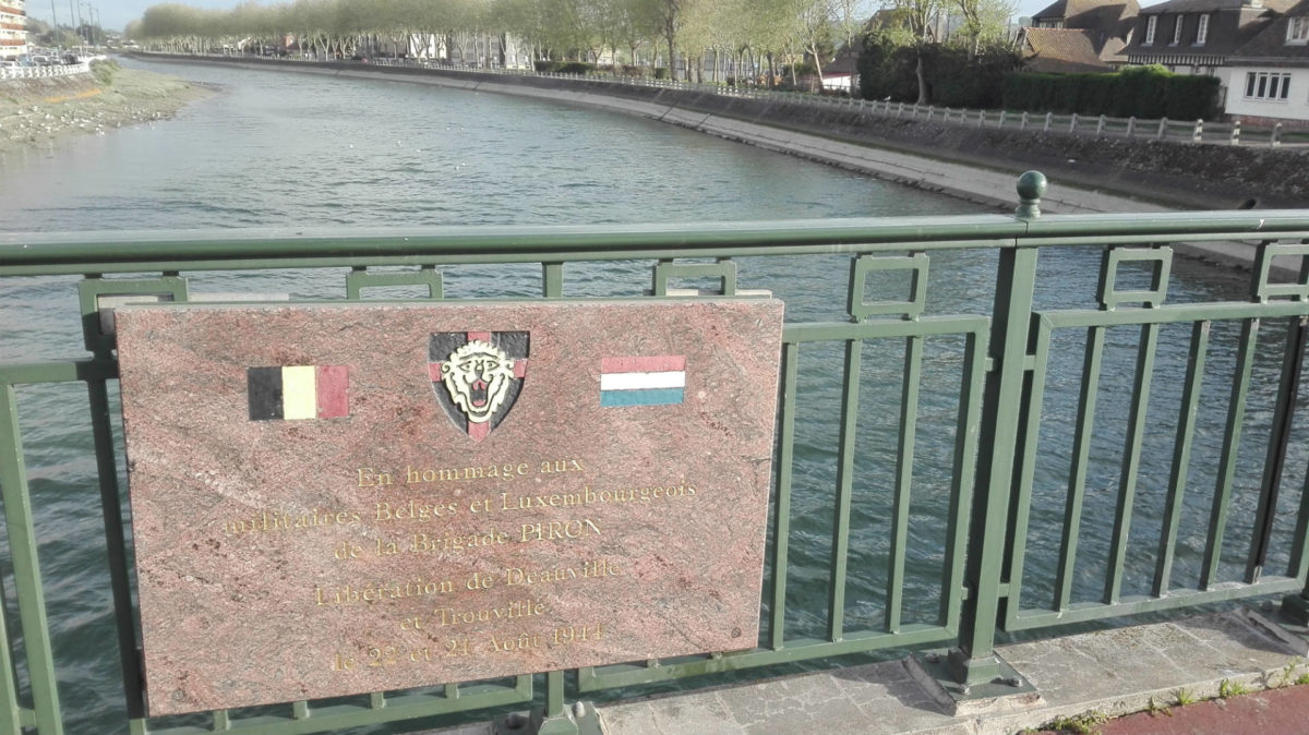 memorial-pont-des-belges