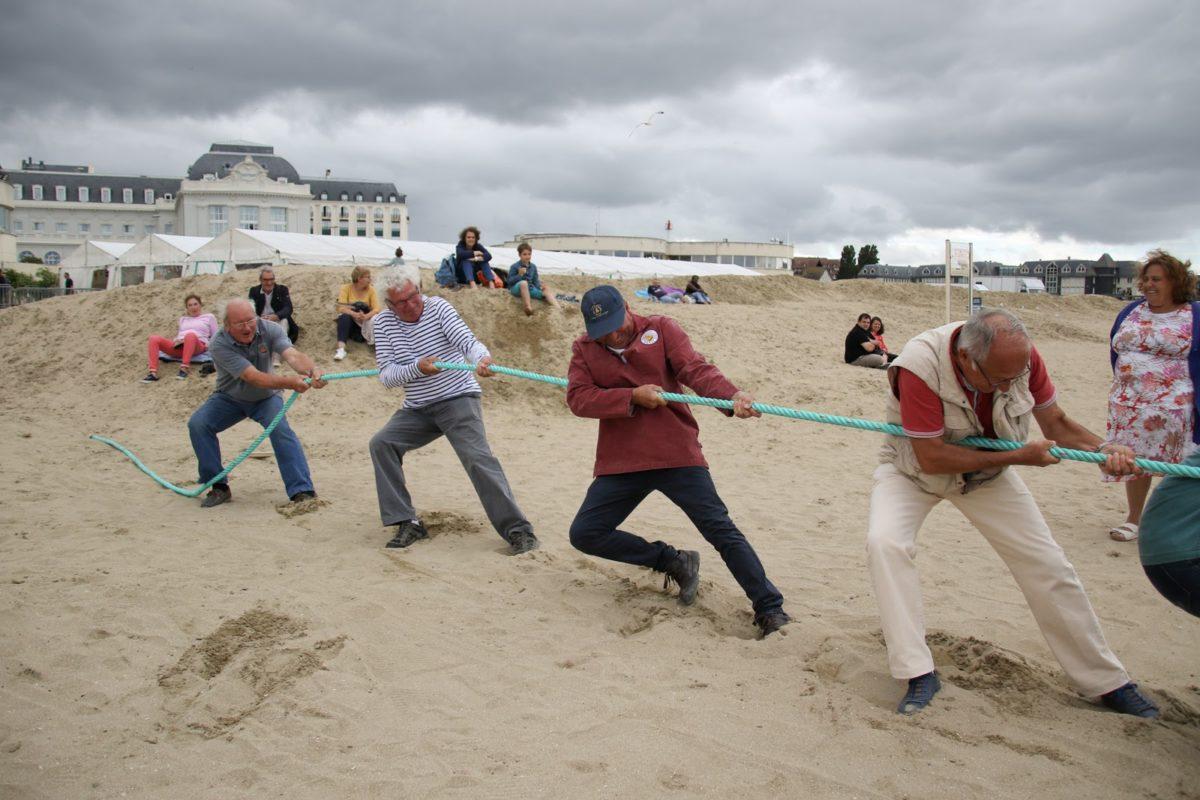 Jeux traditionnels marins - Tir à la corde