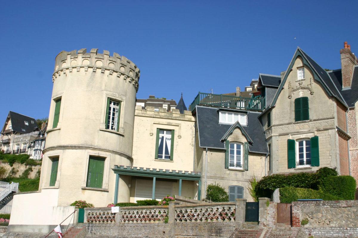 Architecture-Trouville-sur-Mer-Tour-Malakoff