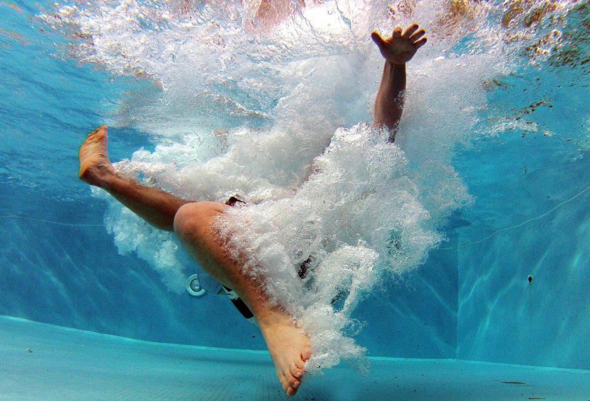 saut-piscine