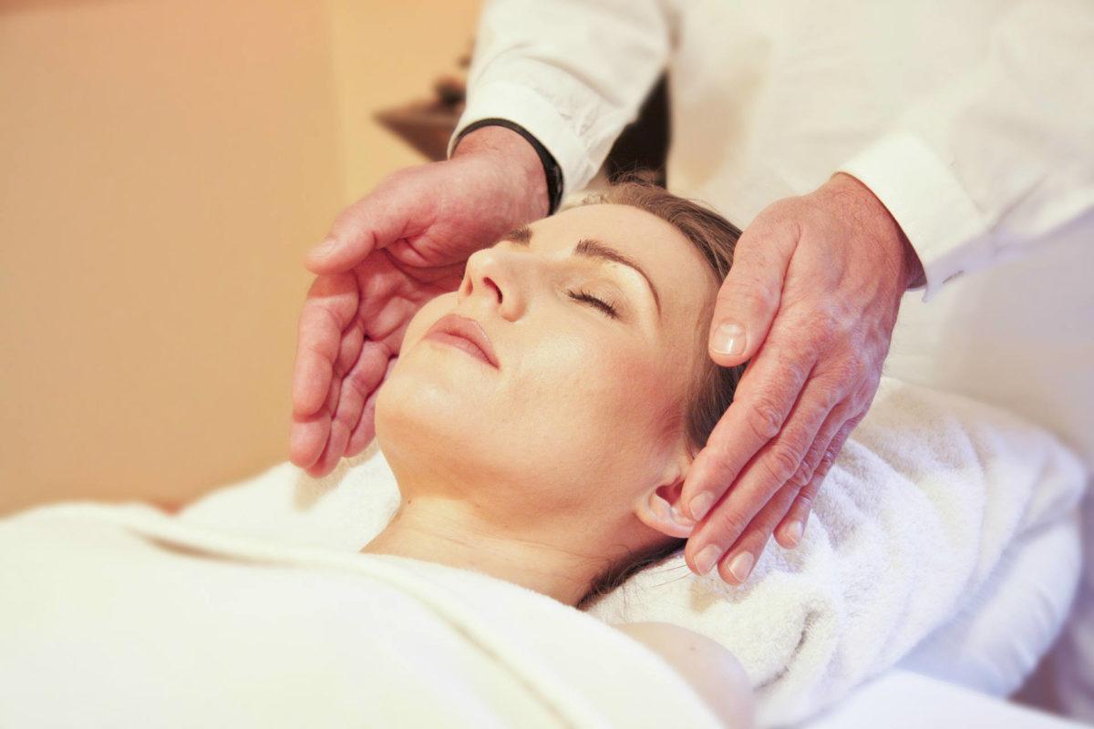 Massage énergétique visage
