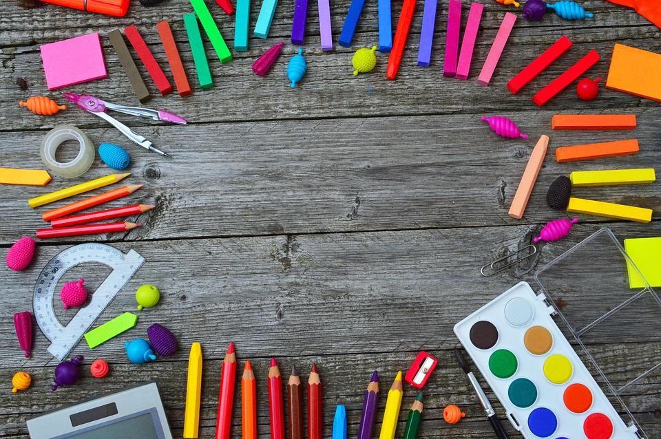 school-tools-3596680_960_720