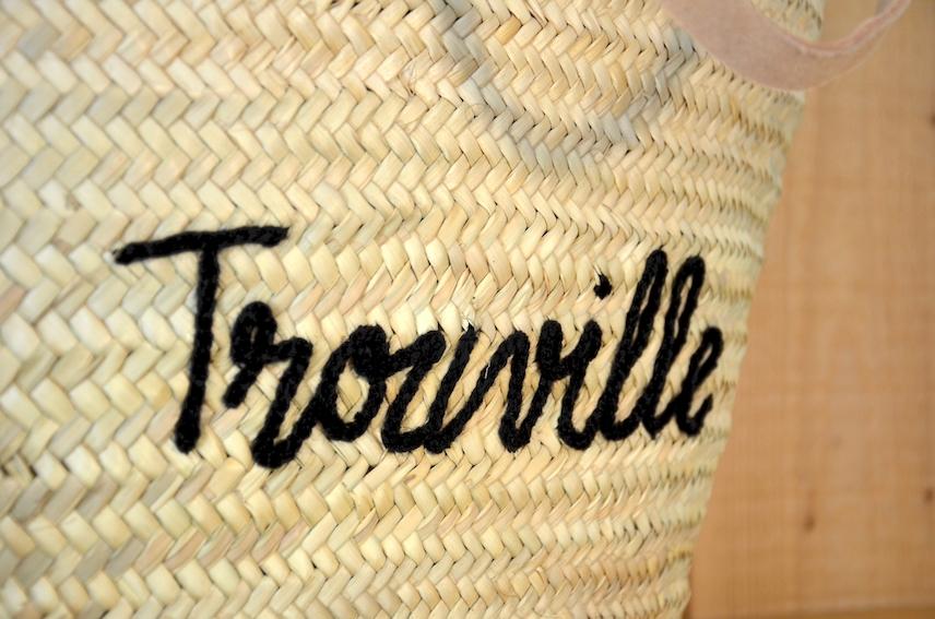 Panier brodé Trouville : 30,00€