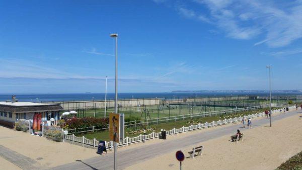 Trouville Tennis Plage «Côté Cours»