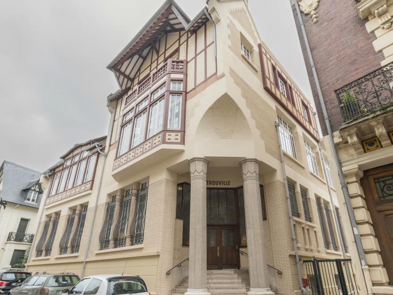 79-Ancienne-Poste-de-Trouville—Facade–2-