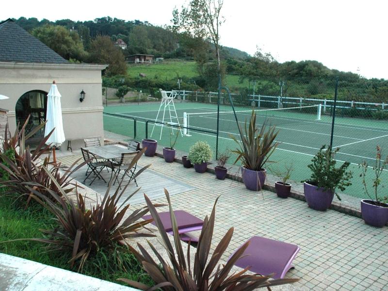 Annie-Tennis-2