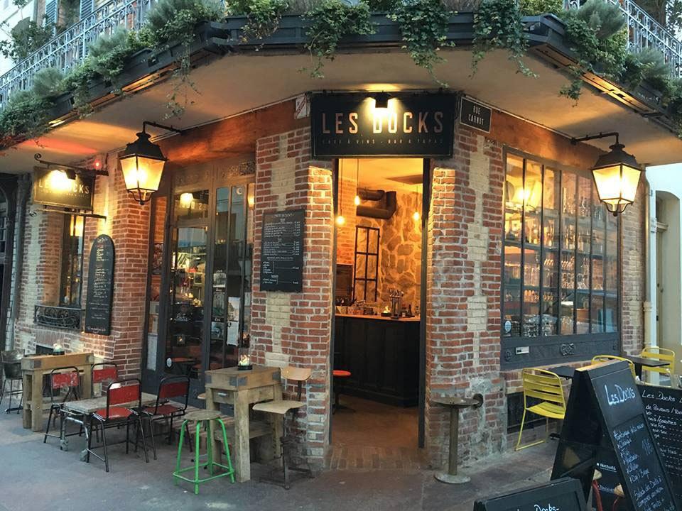 Bar-Les-Docks-01