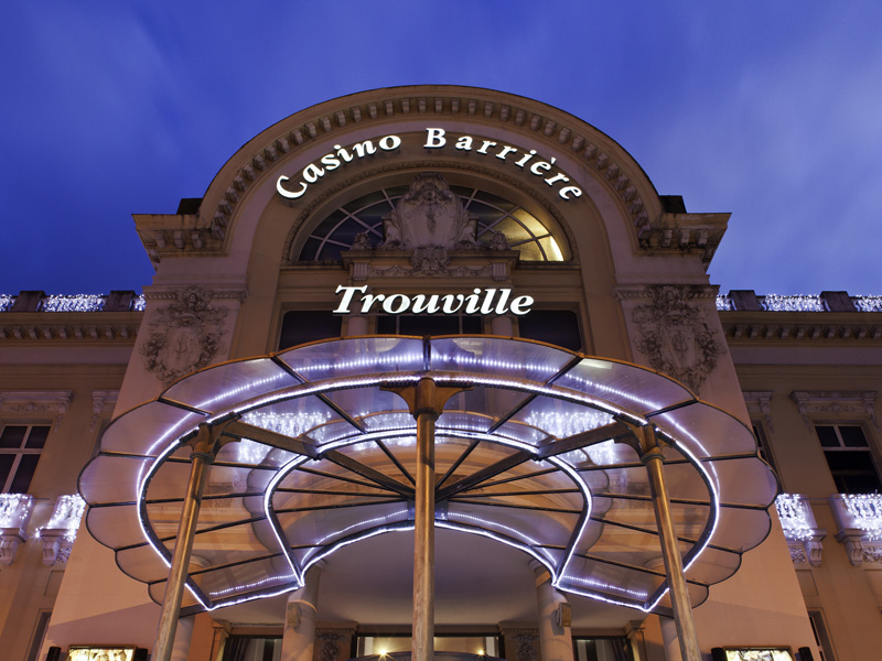 Casino-Barriere-Trouville-Facade