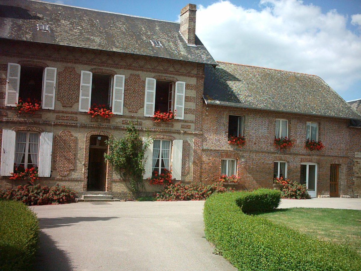 Chambres-d-hotes-Mme-Cauvin-Lebey-Bonneville-sur-Touques–10-