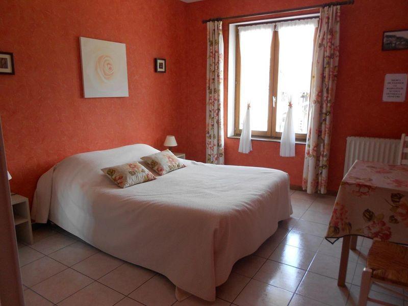 Chambres-d-hotes-Mme-Cauvin-Lebey-Bonneville-sur-Touques–9-
