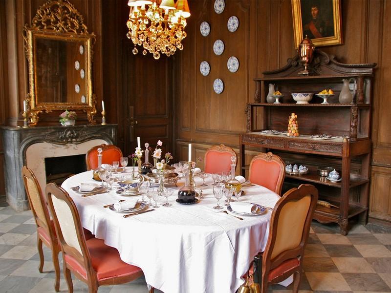Chateau-de-Canon-Salle-a-Manger