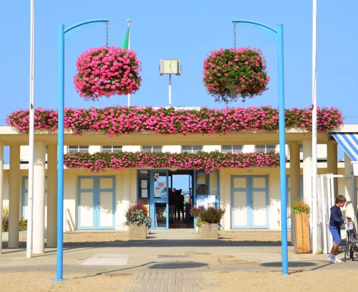 Ets-Bains-de-mer-Trouville