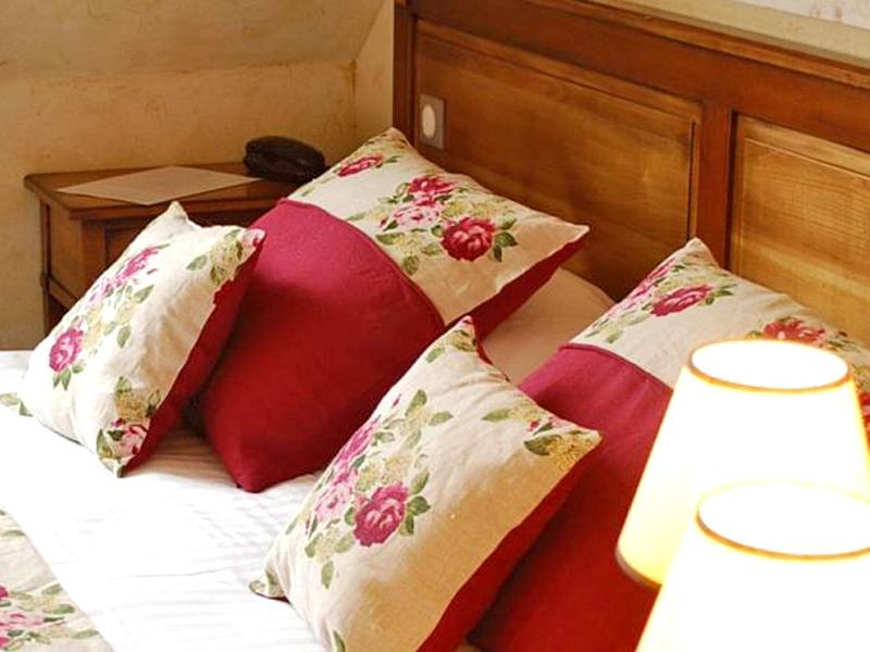 Hotel-Entre-Terre-et-Mer—Honfleur—chambre2-800X600