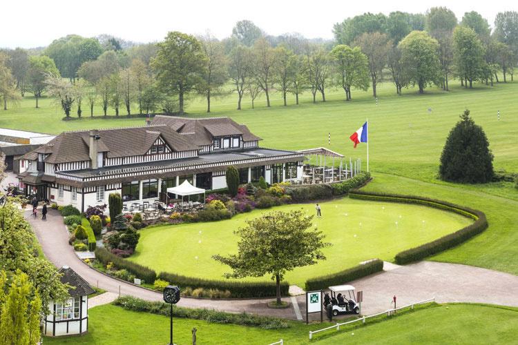 Hotel-du-Golf08