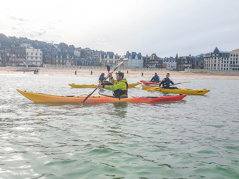 Kayak-en-mer—Concept-Sport-Emotion–6–1-800×600