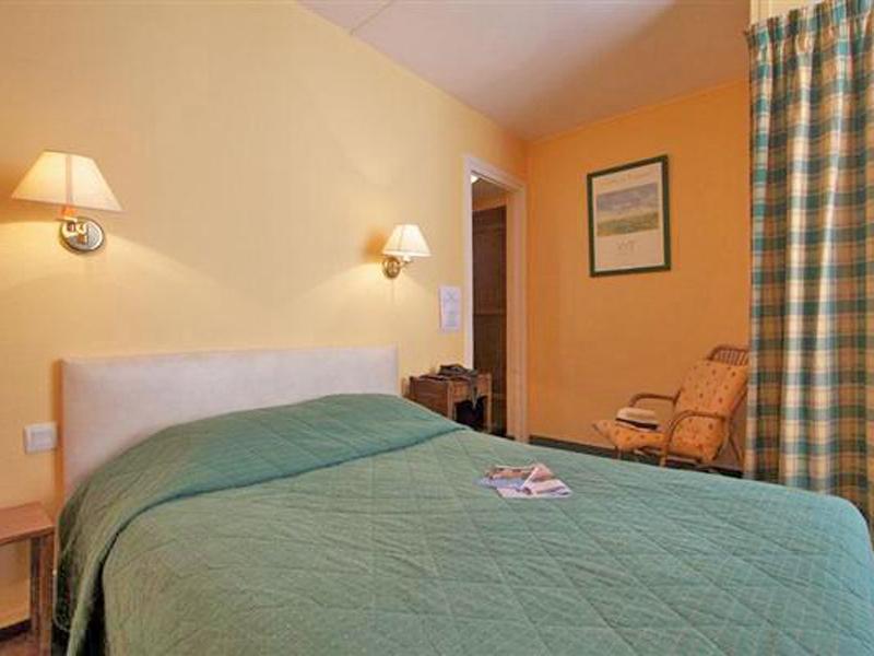 La-Maison-Normande—Trouville—chambre-800X600