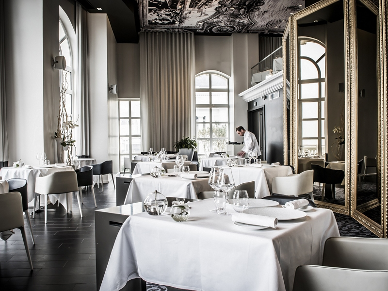Restaurant-1912-2-2019