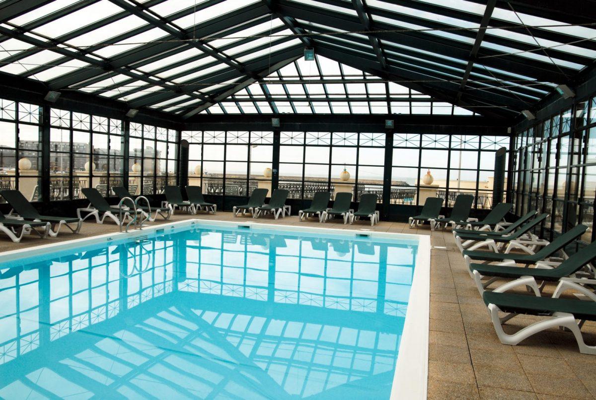 beach-hotel-trouville-piscine-01