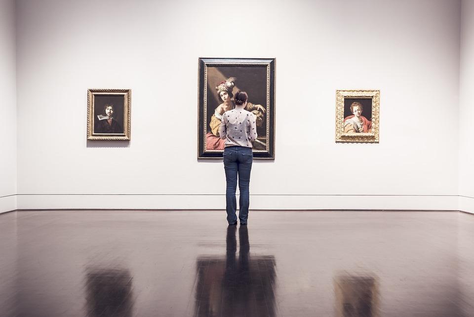 exhibition-362163-960-720
