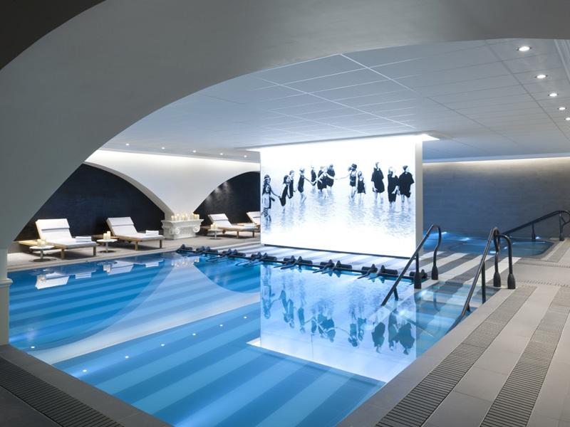 piscine-interieure-2